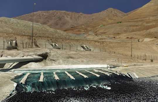 Línea de producción de óxidos, en Minera Caserones. Fotografía: Juan Carlos Recabal - MINERÍA CHILENA
