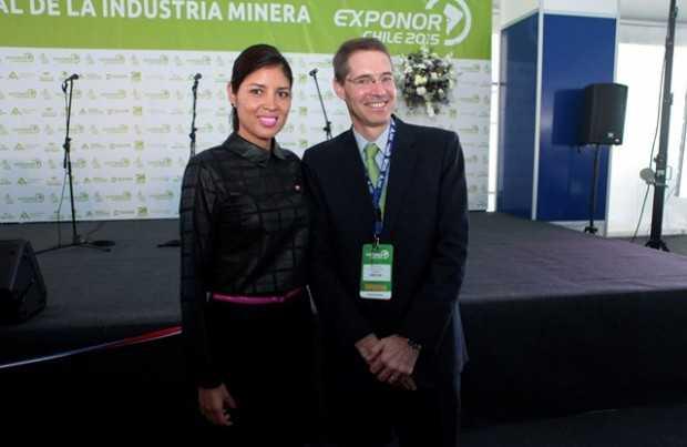 Karen Rojo, alcaldesa de Antofagasta; Hilmar Rode, CEO de Minera Escondida.