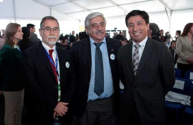 Patricio Chávez, vicepresidente de Asuntos Corporativos y Sustentabilidad de Codelco; Sergio Parada, gerente general División Chuquicamata; Cristián Varas, Codelco-Chuquicamata.