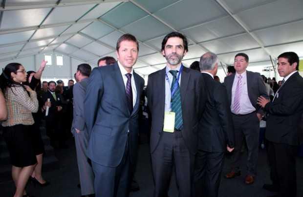 Marcos Kulka, gerente general de Fundación Chile; Hernán Araneda, gerente Innovum-FCH.