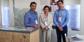 Rodrigo Almendras, Gerente Comercial; la ministra de Minería Aurora Williams; y Cristián Álvarez, Gerente Técnico.