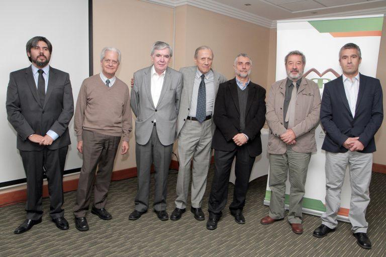 Expositores del Seminario impartido por la Comisión Minera