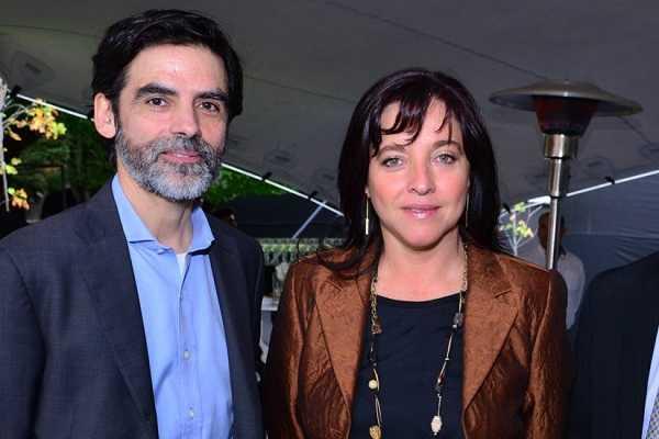 Hernán Araneda, gerente de Innovum de Fundación Chile; Marcela Angulo, gerente de Capacidades Tecnológicas de Corfo.