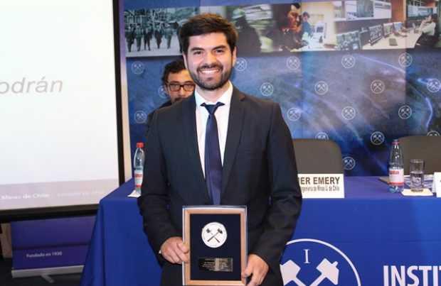Matías Navarro Quilodrán, Premio Juan Brüggen (Foto IIMCh)