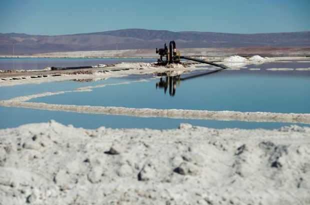 Referencial: Instalaciones de SQM en el Salar de Atacama