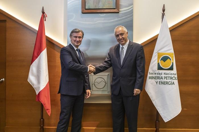 Manuel Fumagalli y Luis Marchese, presidente saliente
