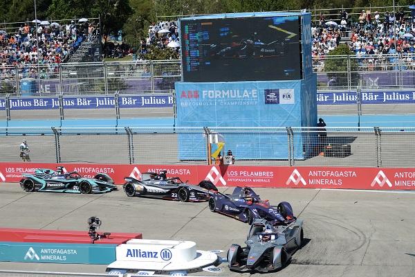 Un total de 22 pilotos de once escuderías participó en esta versión de la Antofagasta Minerals E-Prix de Santiago.