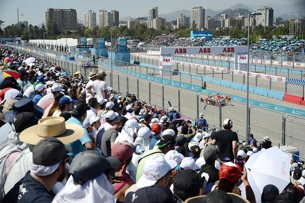 Más de 20.000 espectadores tuvo la carrera.