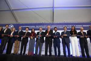 Inauguración Exponor corte de cinta