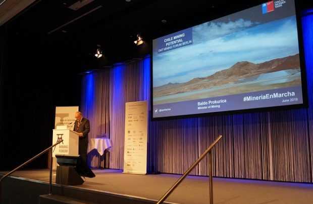Presentación del ministro de Minería en foro de Berlín. Foto: Gentileza Ministerio de Minería.
