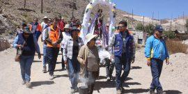 La entrega de las obras en Conchi Viejo fue celebrada con una procesión de su santa patrona, la Virgen del Carmen